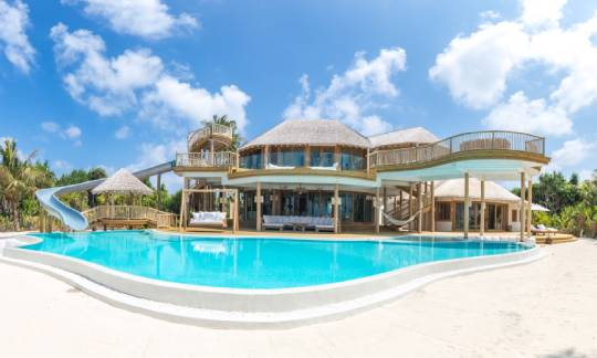 3 Bedroom Island Reserve with slide-soneva Jani