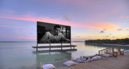 soneva-jani-outdoor-cinema